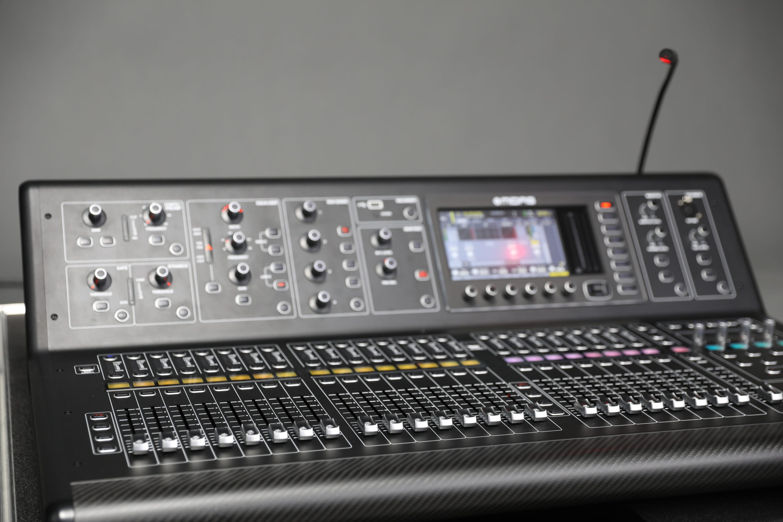 LIVE-TEC | Midas M32